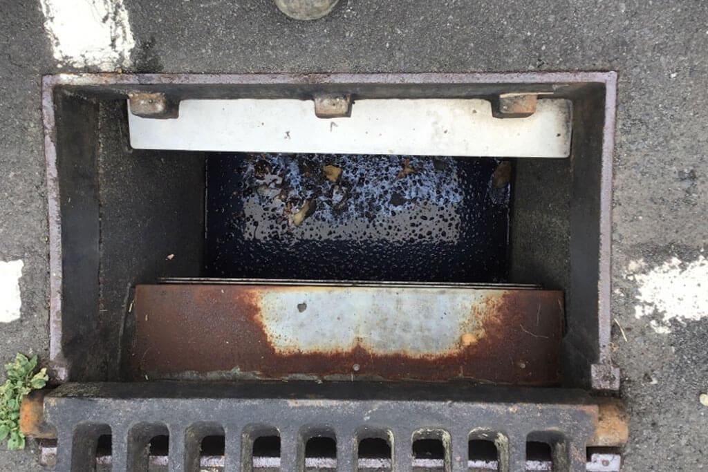 Pre-install Litta trap enviropod
